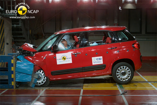 fiat-500-l-crash-test